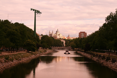 There is a river that runs through madrid it s called the manzanares