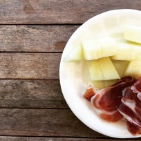 jamon serrano and melon